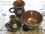 15-28.  Подарочная глиняная посуда ручной работы с рельефным изображением.