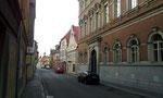 Reichenbergergasse - rechts das Rathaus