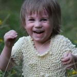 Fantasie & Wirklichkeit Fotografien und Gedichte Kathrin Steiger  Junge lacht