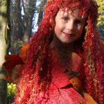 Fantasie und Wirklichkeit Fotografien und Gedichte Kathrin Steiger Herbst Herbstengel Herbstfee Engel Fee Elfe märchenhaft verträumt  fantasievolle bunte Welt Phantasie Fantasy