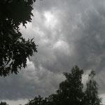 Fantasie und Wirklichkeit Fotografien und Gedichte Kathrin Steiger dunkle Wolken