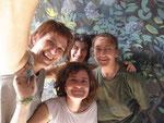 L'équipe au complet: Les deux Anne, Hélène et Mauricette !