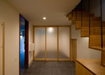玄関ホールと打合せスペース-1
