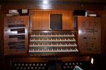 Spieltisch der Jehmlich-Orgel in der Konzerthalle Georg-Philipp-Telemann, Magdeburg (DE)