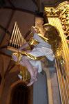 Engel am Prospekt der grossen Gottfried- Silbermann- Orgel im Dom zu Freiberg/ Sachsen (DE)
