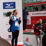 Haspa Hamburg Marathon 2016: Anja auf dem Podest
