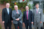 Dekan Burkhard zur Niedern (vlnr), Prof. Dr. Jochen-Christoph Kaiser, Dekan Hermann Köhler, Leiter des Kirchenkreisamtes Kirchhain-Marburg Gerhard Rödiger