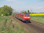 RE 15113 Treysa - Frankfurt (M) wird am 17. April 2014 bei Kirch-Göns von 146 121 angeführt.