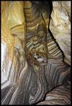 La Zebra: marmo zebrato con marmitte