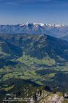 und immer wieder lockt die Aussicht ins Tal und die Hohen Tauern