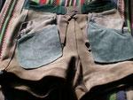 Hellgrau · Bund 80 cm  · Innenseite vorn mit rechter und linker Tasche  · 20100320