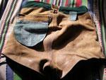 Gelbbraun · Bund 78 cm · Innenseite hinten mit Tasche