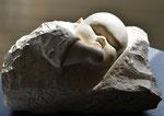 Jeanne endormie. Pierre calcaire. 35x25x20