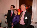 Generalkonsul Jean-Pierre Tutin, Vorsitzende von Hambourg Accueil Marie-Christine Kließ und der Vorsitzende der Amicale Ulrich v. Oertzen