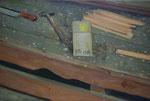 Johannes Grützke: *Stillleben mit Hammer*, 9.7.2008, Öl/Leinwand, 40 x 60 cm