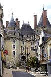 LANGEAIS - Façade féodale ( Indre et Loire)