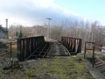 Brücke über die Normalspurstrecken in Friedland