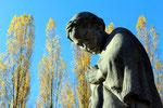 """Kopf von """"Mutter Heimat"""", Statue im Sowjetischen Ehrenmal Treptow. Foto: Helga Karl"""
