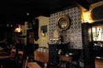 Les murs sont recouverts de carreaux de Delft.