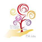 Pia Lex, Entwicklung aus eigener Hand