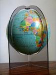 Petit globe terrestre allemand années 70