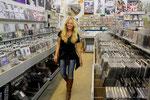 SHOPPING BEI AMOEBA RECORDS - HIER GIBT ES MEILEN VON VINYL, CDs UND DVDs, NEU UND GEBRAUCHT