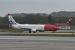 Stavanger Airport - Norwegian Air Shuttle Boeing 737-8JP