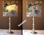 """""""O' Podo""""  140€ - Hauteur 81 cm - pied 17 cm - largeur 36 cm - bois noir et abat-jour création unique collages et peinture"""