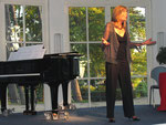 """Christiane Hahn-Büthe präsentiert """"Auf einmal tönen himmelblaue Lieder"""""""