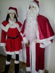 Miss Santa, Gr. M, Fr. 35.- / Nickolaus mit Bart + Glocke, Fr. 39.-