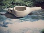 Kompakte, schlanke Form, Keramik. Farbe: weiss. Klein 6,95 €