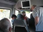 Wow, Kleinbus mit Fernseher oder Rückfahrkamera?