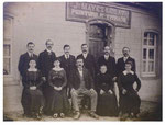 Ligne (Ath) Photo de la famille Mayez (prise en 1917 hameau des chats)