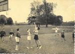 Houtaing NELS, Thill Collège de la Berlière [terrain de basket]