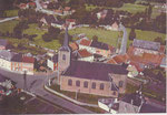 Anonyme Vue aérienne Place et église 1964