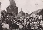 ANTHONY [sans légende place et église, accueil du nouveau curé en 1964]
