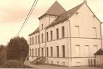 Anonyme IRCHONWELZ CHATEAU BEAUPREZ Ancienne maison communale (20ème siècle)