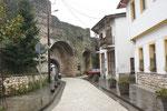 Einer der Stadtmauereingänge
