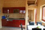 Küchenzeile seitlich das Hochbett