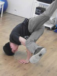 Ein Breakdancer der Crew No Escape beim Training