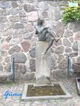 P8220002 Till Eulenspiegel-Denkmal in 23879 Möln/Schleswig-Holstein
