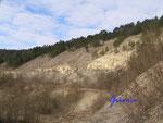 P2090009 Im Jonastal in Thüringen bei Arnstadt.Ein Geländeeinschnitt innerhalb der Ohrdrufer Platte, der sich von Crawinkel nach Arnstadt im zentralen Thüringen zieht. Durchflossen wird es von der Wilden Weiße.