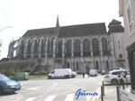 P4170260  Kirche Saint Pierre in Chartres-Frankreich