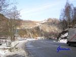 P3040167 Blick auf den Gabro-Steinbruch an der B4, Radauberg/Bereich Radau-Wasserfall Richtung Bad Harzburg