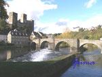 PA230013 Burg Runkel-Lahn. Die Lahn in Runkel mit Blick auf die Burgen