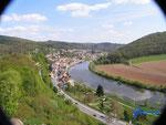 :P4110110 Blick von der Hinterburg auf Neckarsteinach im Hessischen Neckartal.