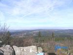 PA270015     Blick vom  Grossen Feldberg über den  Taunus nach Norden