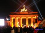 Pb070649 am 7.11.09 am Brandenburgen Tor zur Feier des Mauerfalls vor 20 Jahren.