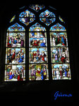 P4170257 farbige Fenster in der Kirche Saint Aignan in Chartres/Frankreich