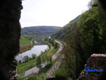 P4110103 Blick vom  Turm  der Hinterburg auf den Neckar unterhalb von Neckarsteinach  im Hessischen Neckartal
